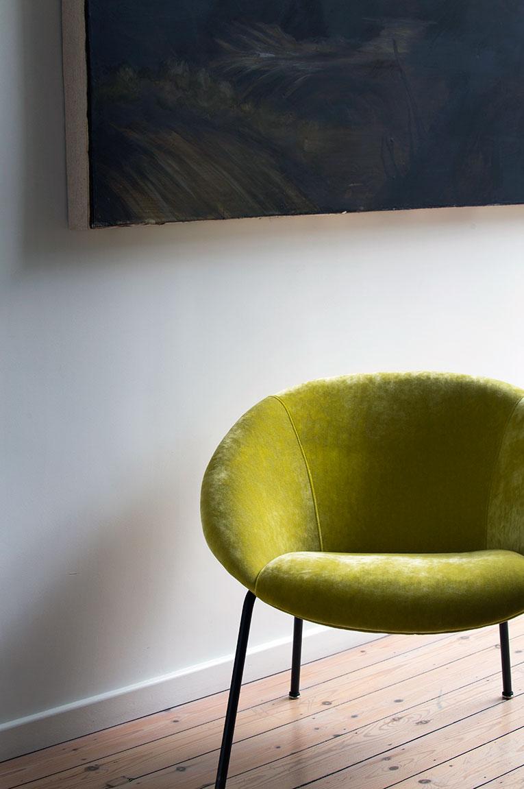 Garnissage fauteuil tissu velours.